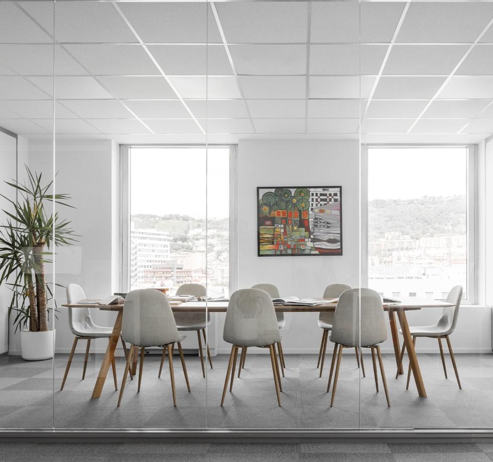 Sala de reuniones. Trabajo en equipo. Oficina.